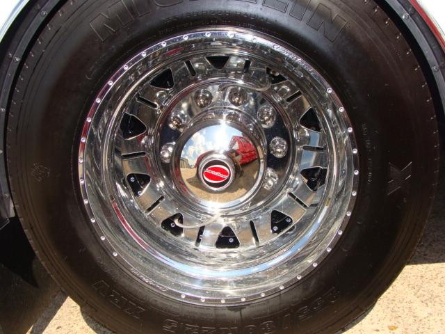 sport chassis custom chrome wheel