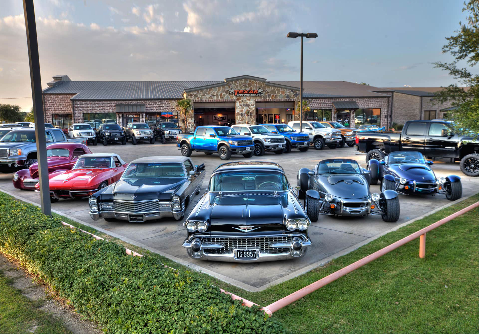 Used Car Dealership Dallas | Addison Used Cars | Texas Motorcars