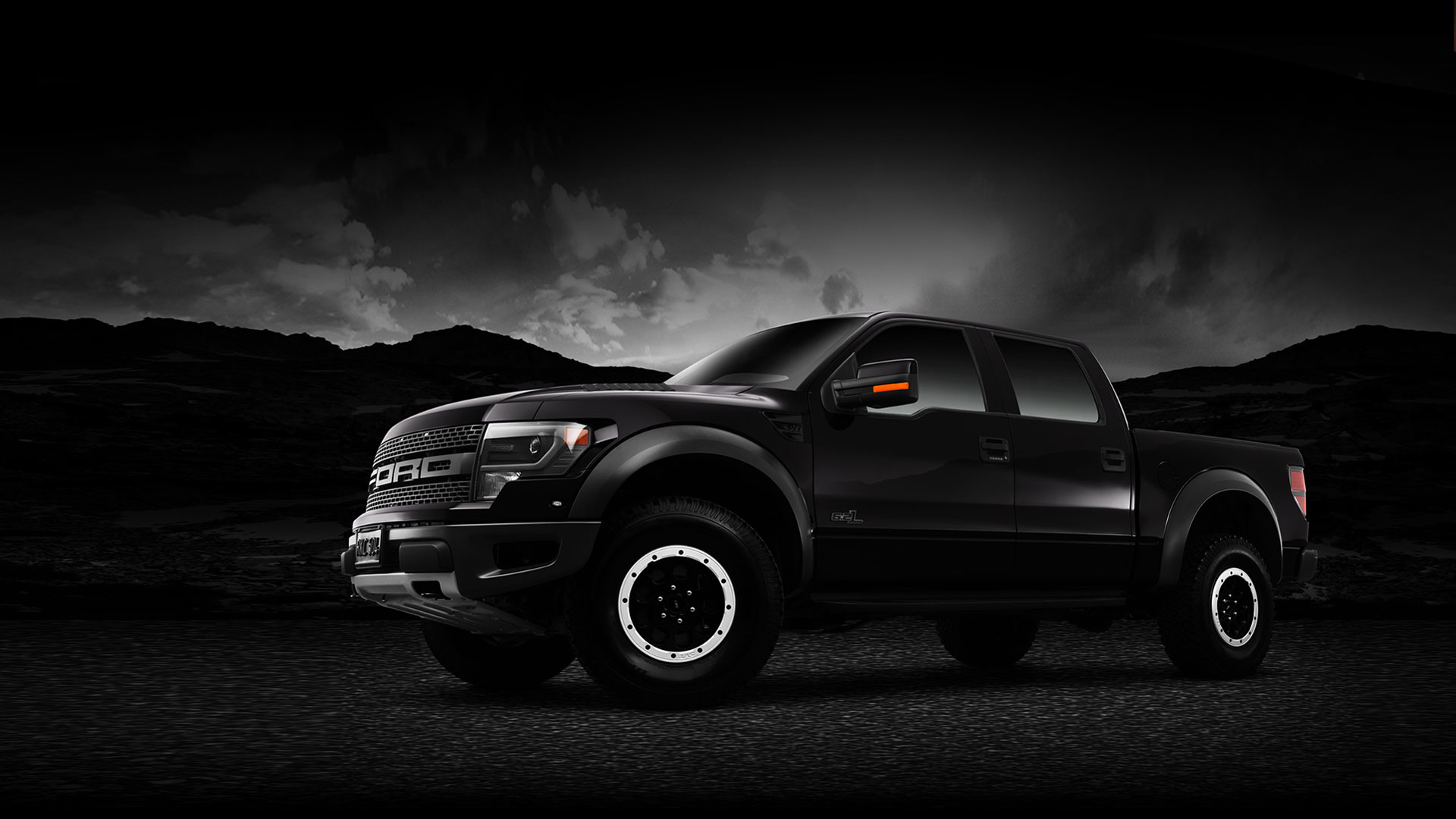 hero_2014_ford_f150_raptor